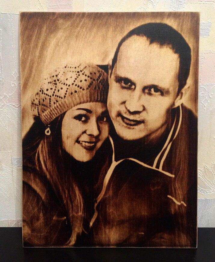 выжигание портретов по дереву на заказ в Ростове